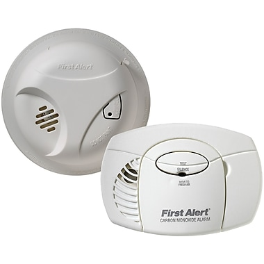 First Alert® Smoke Alarm and Carbon Monoxide Detector Combo Pack