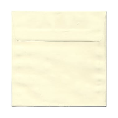 JAM Paper® 8.5 x 8.5 Square Envelopes, Cream Mohawk Opaque, 1000/Pack (MOOP517B)