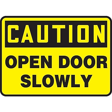 Accuform Signs® - Panneau de sécurité « CAUTION OPEN DOOR SLOWLY », 7 po x 10 po, plastique