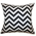 The Pillow Collection Xayabury Zigzag Cotton Pillow; Black