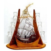 Womar Glass Carafe 7 Piece Sail and Shot Glass Set