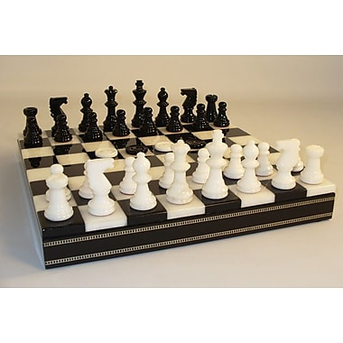 Scali Alabaster Inlaid Chest Chess Set in Black / White