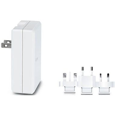 iLuv® Universal USB Power Adapter, White