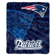 Northwest Co. NFL New England Patriots Sherpa Strobe Throw