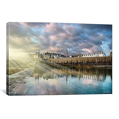 iCanvas 'I See Light' by Ben Heine Photographic Print on Wrapped Canvas; 12'' H x 18'' W x 0.75'' D