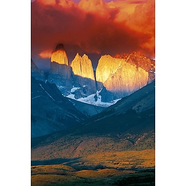 Torres del Paine, Chili, toile tendue, 24 x 36 po