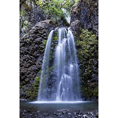 Chutes de Fall Creek en Oregon I par Polk, toile, 24 x 36 po