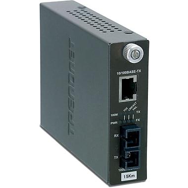 TRENDnet – Convertisseur intelligent TFC-110S15I à fibre monomode, SC, 10/100Base-TX à 100Base-FX