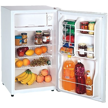 Magic Chef 3.6 Cu. Ft. Compact Refrigerator; White