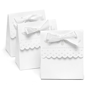 HBH™ Scalloped-Edge Favor Boxes