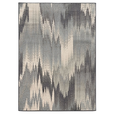 StyleHaven Abstract Ikat Multi/ Blue Indoor Machine-made Polypropylene Area Rug (6'7