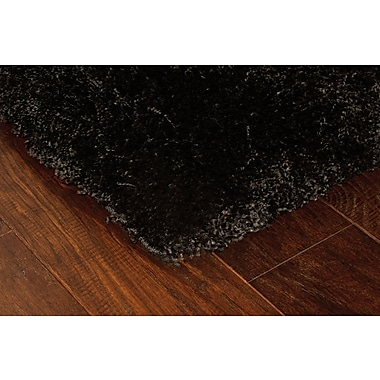 StyleHaven Shag Black/ Black Indoor Machine-made Polypropylene Area Rug (6'7