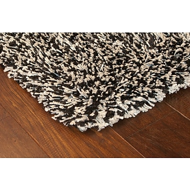 StyleHaven Shag Black/ Ivory Indoor Machine-made Polypropylene Area Rug (7'10