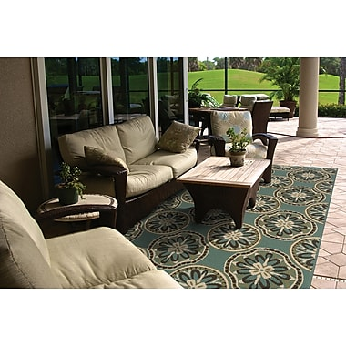 StyleHaven Floral Blue/ Ivory Indoor/Outdoor Machine-made Polypropylene Area Rug (7'10