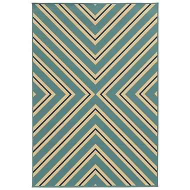 StyleHaven Geometric Blue/ Ivory Indoor/Outdoor Machine-made Polypropylene Area Rug (7'10