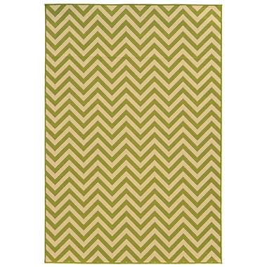 StyleHaven Chevron Green/ Ivory Indoor/Outdoor Machine-made Polypropylene Area Rug (6'7