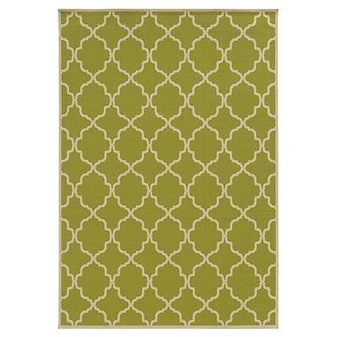 StyleHaven-Geometric Green/ Ivory Indoor/Outdoor Machine-made Polypropylene Area Rug (7'10