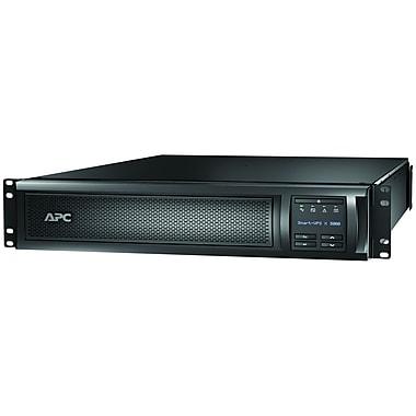 APC – Système d'alimentation sans coupure de bureau à 7 prises SMX3000RMLV2, 3000 VA