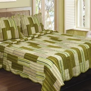 J&J Bedding Camping Patchwork Stripe Quilt; Twin