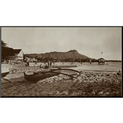 Art 'In Front of Outrigger Canoe Club, Waikiki Beach, Hawaii, 1917' 14 x 24 (8092765)
