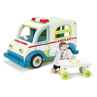 LE TOY VAN AMBULANCE SET