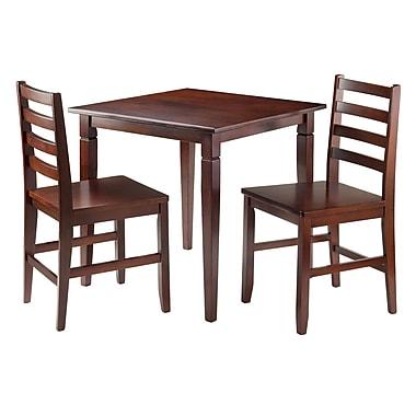 Winsome – Ensemble 3 pièces de la collection Kingsgate avec table à manger et 2 chaises Hamilton à dossier à barreaux.
