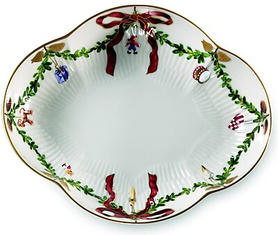 Royal Copenhagen Star Fluted Christmas Accent Dish WYF078277960486