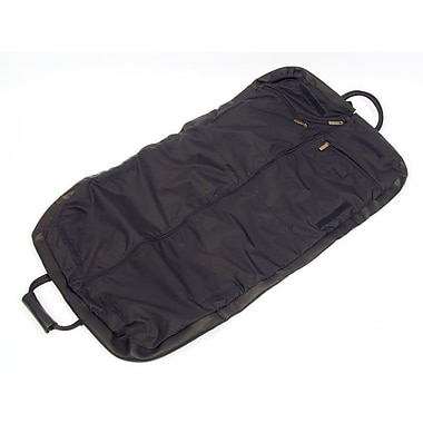 Claire Chase Garment Bag; Black