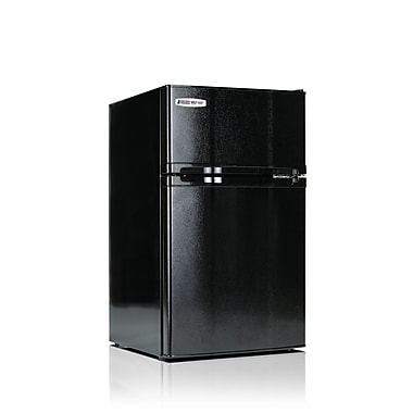 MicroFridge 3.1 cu. ft. Refrigerator/Freezer, Black