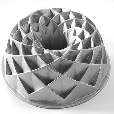 Nordicware Aluminum Jubilee Bundt Pan, 10 Cup (88337) 2109813