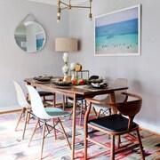 Moderncre8ve Santa Monica Dining Table