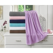 Berrnour Home Piano Bath Towel (Set of 2); Lavender