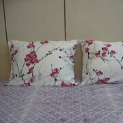 DaDa Bedding Floral 200 Thread Count Cotton Fitted Sheet Set; Queen