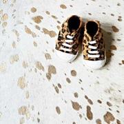 Pergamino Speckled Brazilian Cowhide Gold/Off-White Area Rug