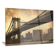 DesignArt 'Dark Manhattan Bridge' Photographic print; 12'' H x 28'' W
