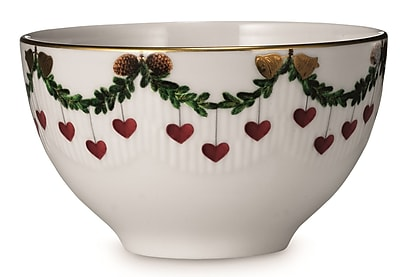 Royal Copenhagen Star Fluted Christmas Chocolate Bowl WYF078277960495
