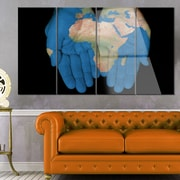 DesignArt 'African Map in Our Hands' 4 Piece Photographic Print on Canvas Set