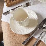 Red Vanilla Tuscan Villa 20 Piece Dinnerware Set