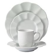 Mitterteich Milena Scalloped Porcelain 16 Piece Dinnerware Set