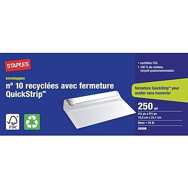 Staples® - Enveloppes recyclées blanches n° 10, 4 1/8 po x 9 1/2 po, bte/250 - avec Quickstrip