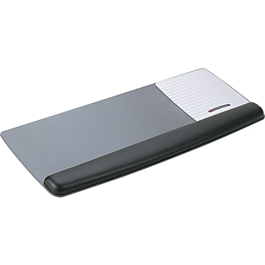 3M Antimicrobial Gel Mouse Pad With Wrist Rest, Black / Metallic Gray, 10 3 / 5in.(D)