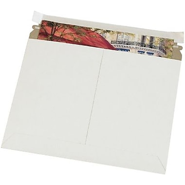 Staples 9in. x 7in. White Utility Flat Mailer, 200/Case