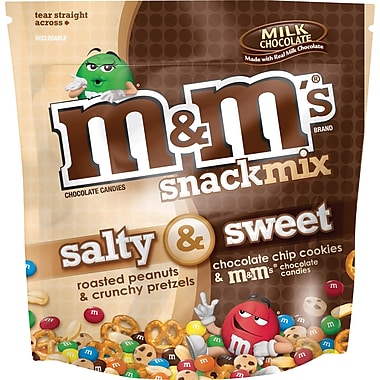 M&M's Salty & Sweet Snack Mix, Milk Chocolate, 30 oz. Bags