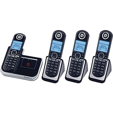 Motorola L804 DECT 6.0 Enhanced Cordless Telephone with 4 Handsets and Digital Answering System