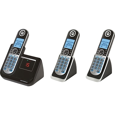 Motorola DECT 6.0 Cordless Phone with 3 Handsets and Digital Answering System