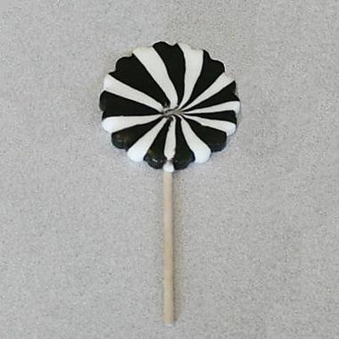 Black and White Pinwheel Pops, 2.5 oz., 12 Lollipops/Box