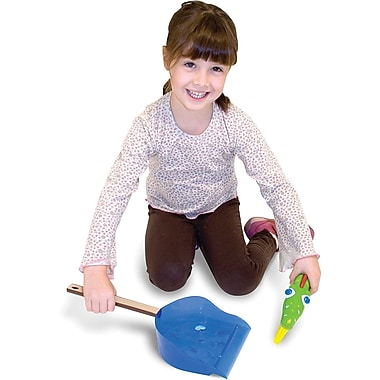 Melissa & Doug Augie Alligator Dustpan & Brush