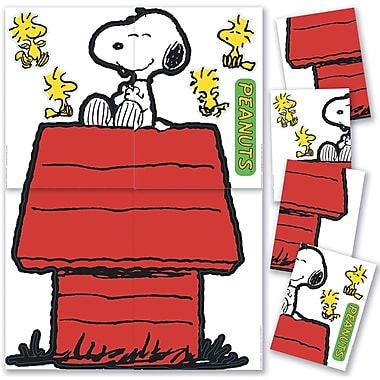 Eureka® Bulletin Board Set, Giant Character Snoopy and Dog House