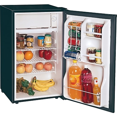 Magic Chef 3.6 cu ft Refrigerator with Clear Back