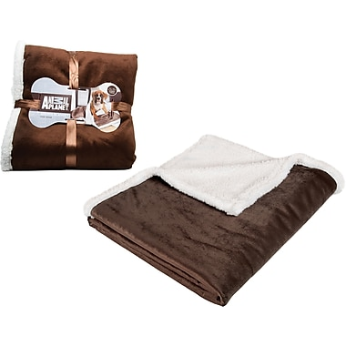 Animal Planet  Sherpa Blanket, Brown